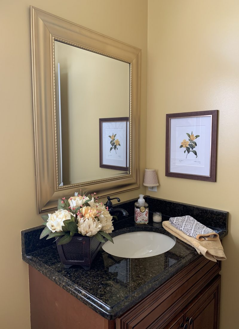 A Quick & Easy Before & After Bathroom Makeover